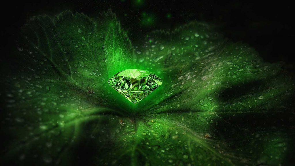 raw emerald, emerald crystal, raw emerald crystal