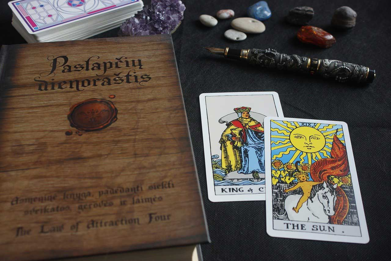 latin tarot, what is latin tarot, how to use latin tarot, latin tarot definition, latin tarot meaning