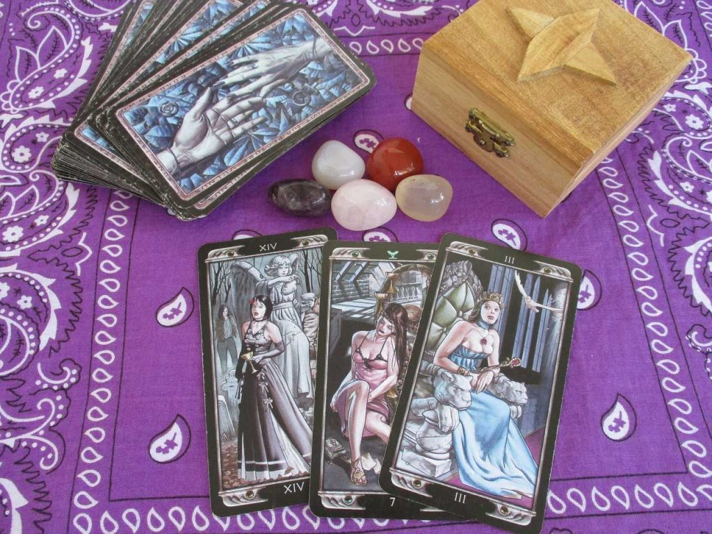 tarot questions, how do you ask tarot questions, questions to ask tarot, tarot card questions
