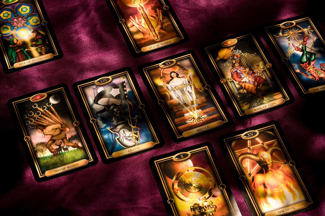How to use Tarot Magic