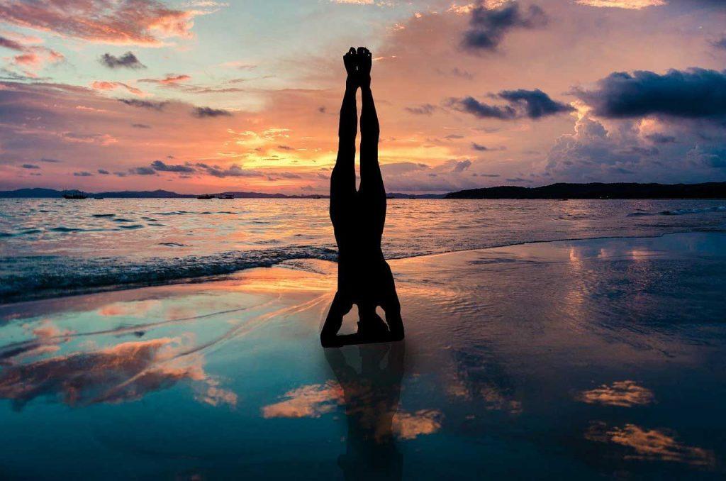 zen meditation methods, zen meditation poses, zen meditation positions, zazen meditation methods, zazen meditation poses